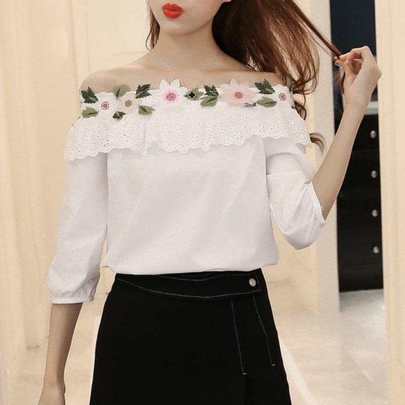 Lovely Splice Lace Blouses Three Quarter Sleeve women\'s slash Neck floral embroidered blouse blusas mujer de moda 2018
