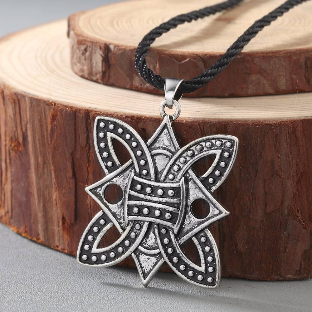 Viking Twin Axe Warrior Barbarian Pendant Necklace Metal Chain Gift Silver colou