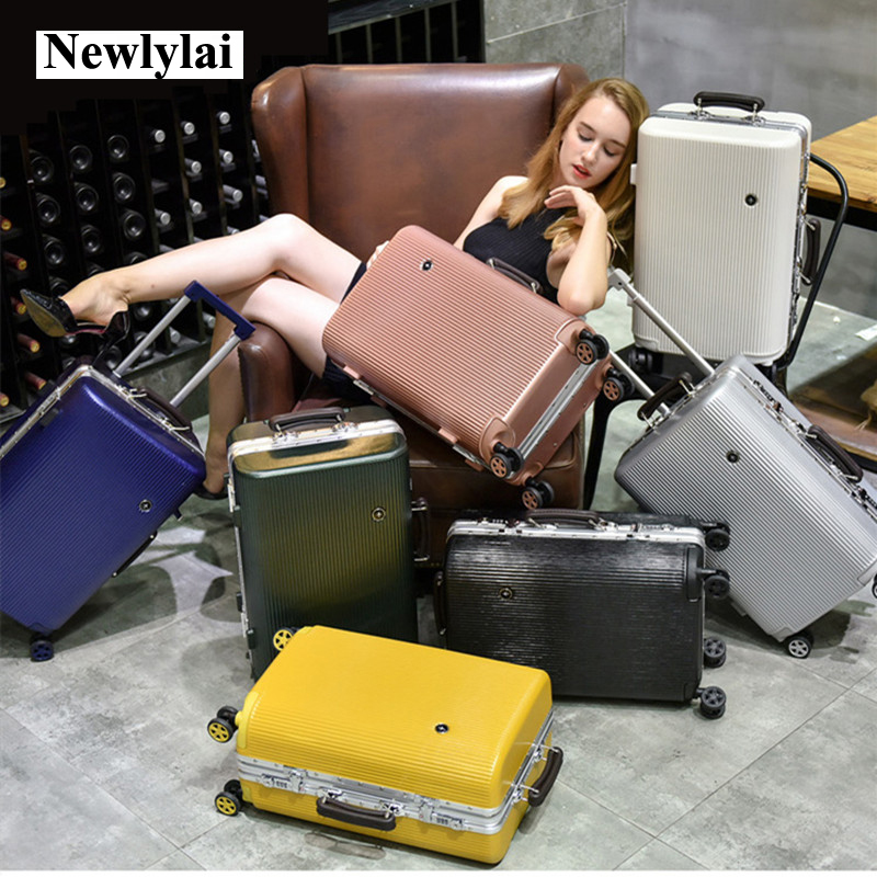 купить NEW Vintage Aluminum frame Luggage,Universal wheels Carry-Ons,Rolling Trolley Box,PC shell Suitcase,Strong Hard Case Travel Bag по цене 13803.49 рублей