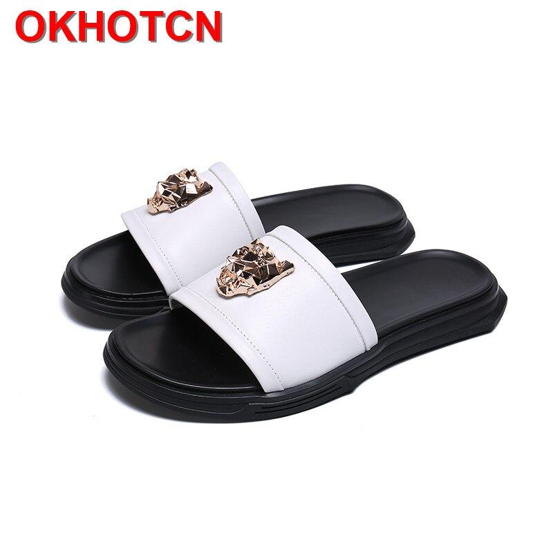 Chinelos de Couro genuíno Dos Homens Brancos Não-Deslizamento Sapatos de Moda de Metal Decoração de Verão Zapatos De Hombre Tamanho Grande Calcanhar De Espessura slides