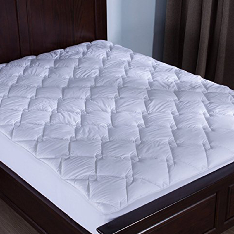 Puredown Solid Diamond High Quality Mattress Pad Air-Permeable White Hotel Home Bedding Protector Mattress Pad/Topper