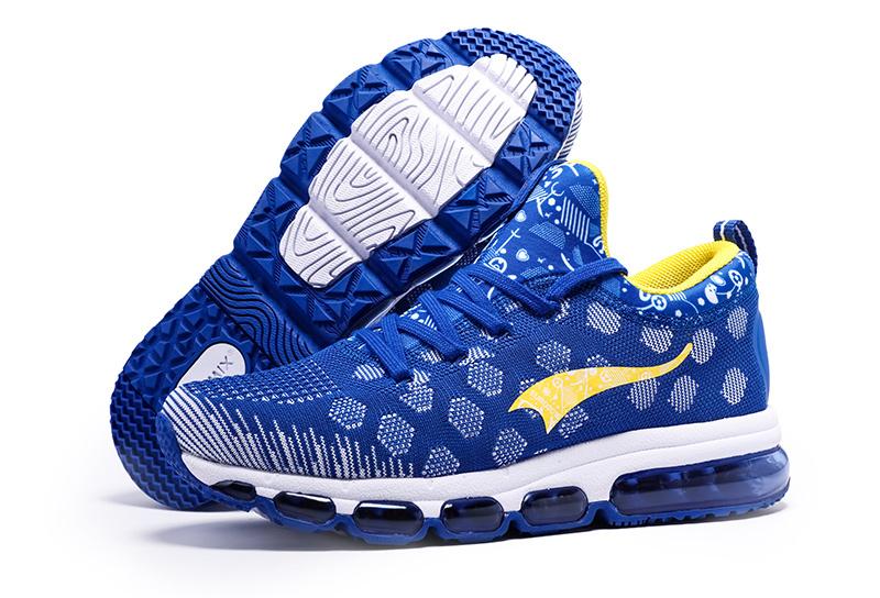 Ethletic Shoes Man Walking 19