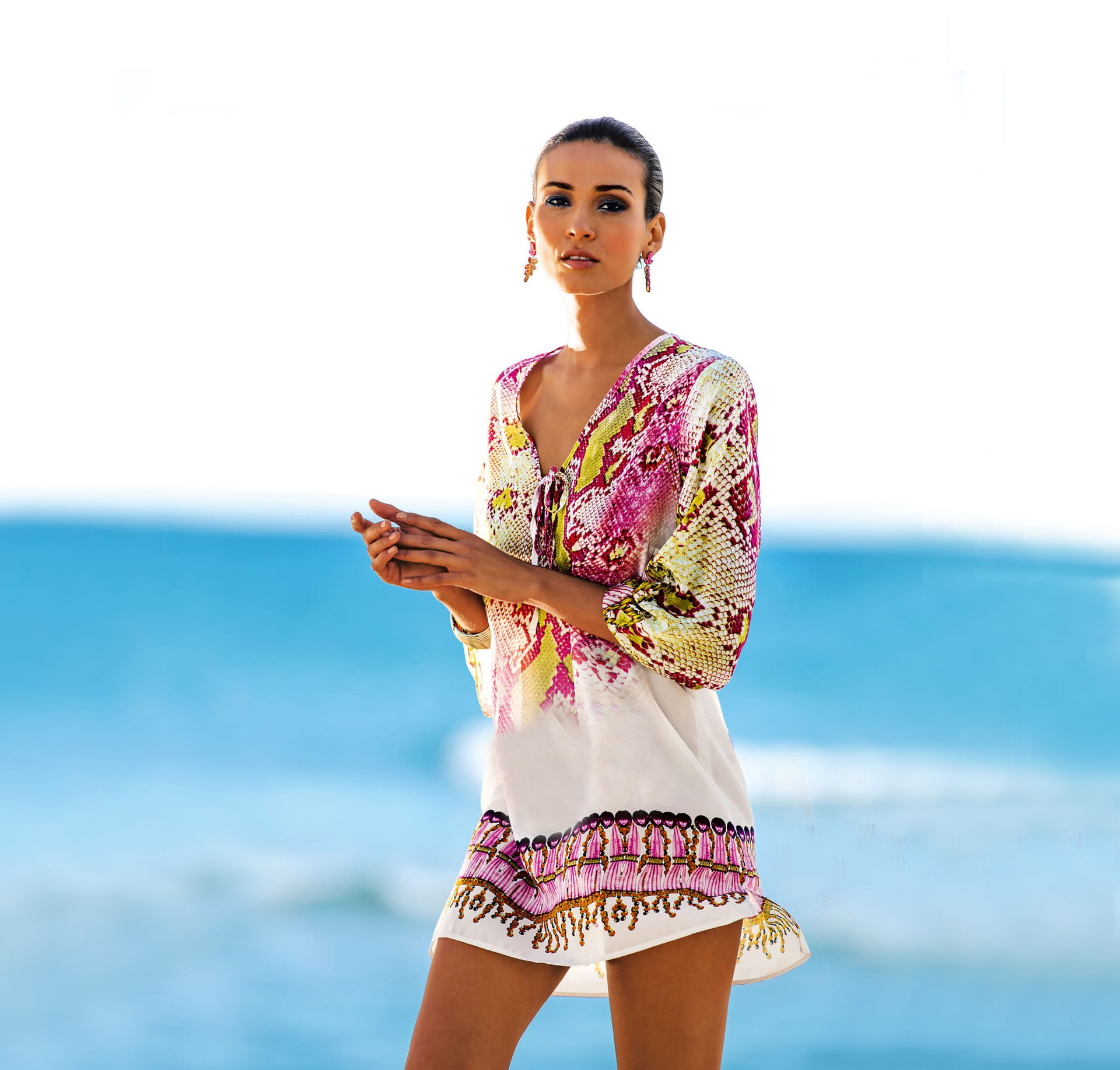 cc08154f176 Beach Swimwear Women Dress Cover Up Wear Women s Plus Size Tunic Beachwear  Snake Chiffon New Swimsuit Beach Bikinis Print