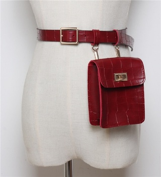 Fashion Alligator Belt Waist Pack Bag Leather Fanny Pouch Pack Women Handbag Belly Bum Bag Chest Pouch Waist Purse Mobile Bag