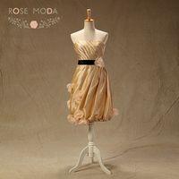 Real Photo Strapless Vàng Champagne Knee Length Bridesmaid Dress với Đen Sash Handmade Flowers Bubble Hem Custom Made