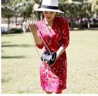 Female Red Printed Travel Three Quarter Sleeve Slim V Tie Wrapped Dress