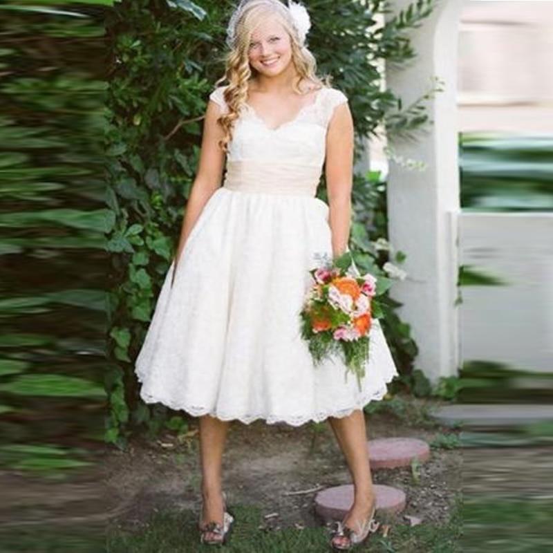 2017 White Short Lace Wedding Dresses Princess Vintage V
