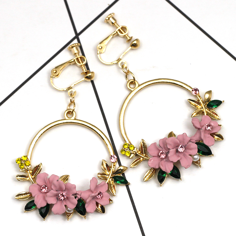 Soft Pottery Pearl Flower Earrings No Hole Ear Clips Korean Ins Clip Earrings Without Piercing Round Wreath Earring CE360 in Clip Earrings from Jewelry Accessories