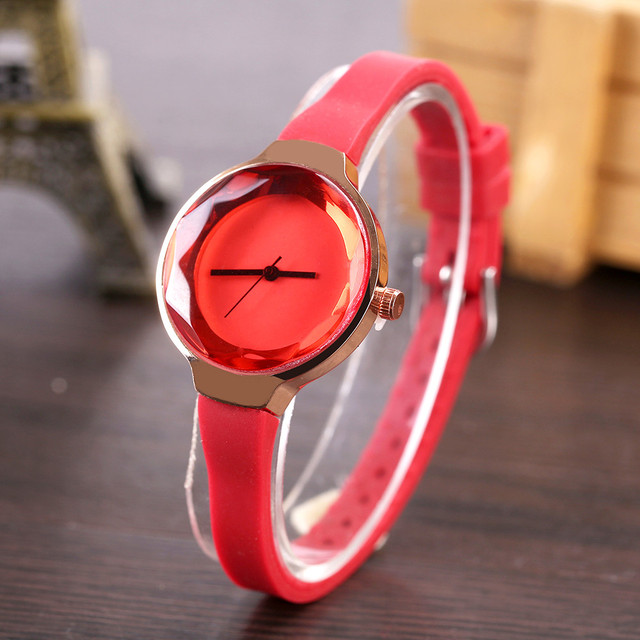 FanTeeDa Brand Fashion Silicone Strap Quartz Watch Outdoor Casual Business Wristwatch Luxury Watches Womens Female Watch Clock