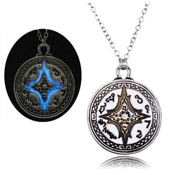 Rome Compass Glow Necklaces2