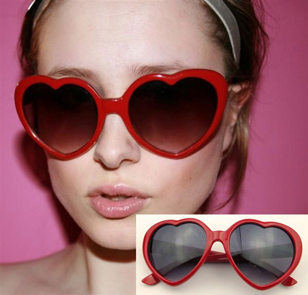 857bf23877 Peppers love Sheenah with heart-shaped glasses sunglasses sunglasses  wholesale 10 percent off red heart