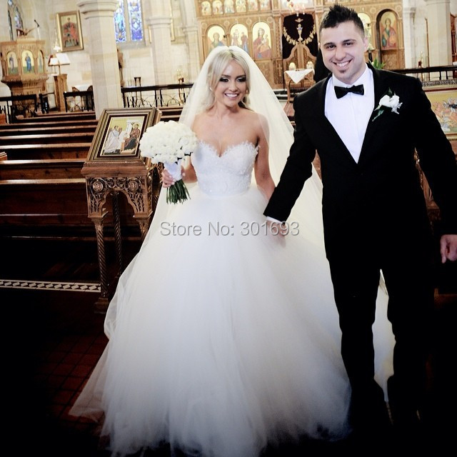 OW97 Oumeiya Real Sample Sweetheart Puffy Ball Gown Wedding Dresses ...