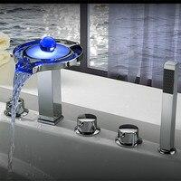 2016 Wholesale High Quality New Arrival Luxurious Chrome Finish LED Bathtub Faucet 5 Holes Shower Bath