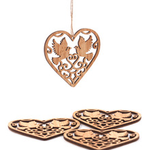10PCS Hollow Heart Trä Pendants Ornaments DIY Hem Bröllop / Julfest Dekorationer Xmas Tree Ornaments Födelsedag Barn Present