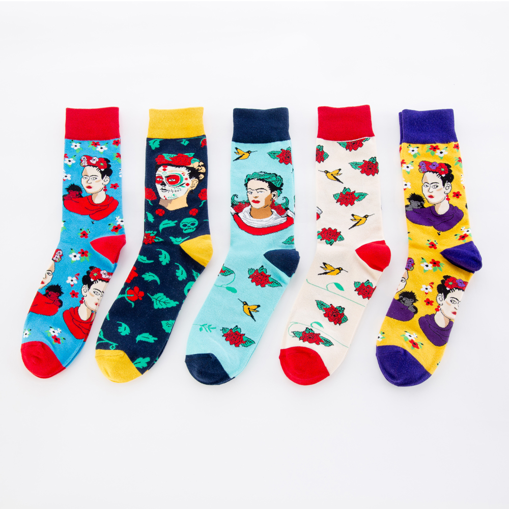 Jhouson 1 pair New Men Socks Personality Fashion Colorful Cotton Funny Socks Indian Woman Red Flower Cartoon Pattern Crew Socks