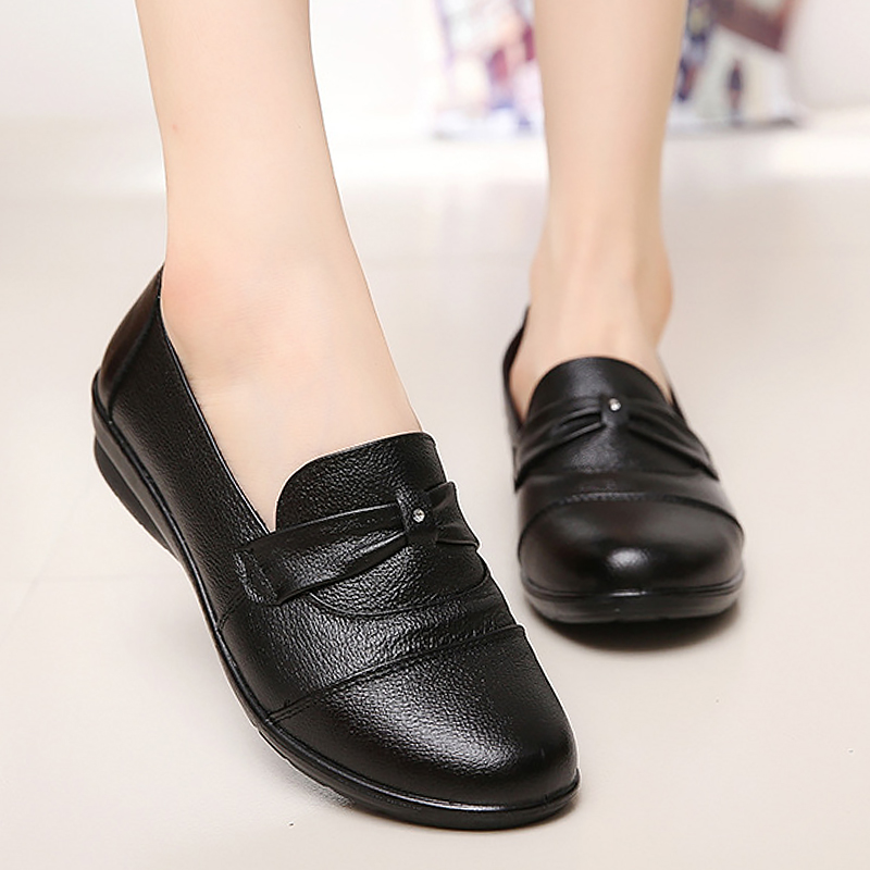 2018 new genuine leather women's flat shoes crystal shoe black slip-on party shoes woman black round toe large size 35-41