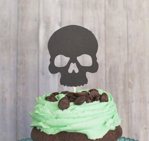 Detail Feedback Questions About Cupcake Toppers Skull Cupcake