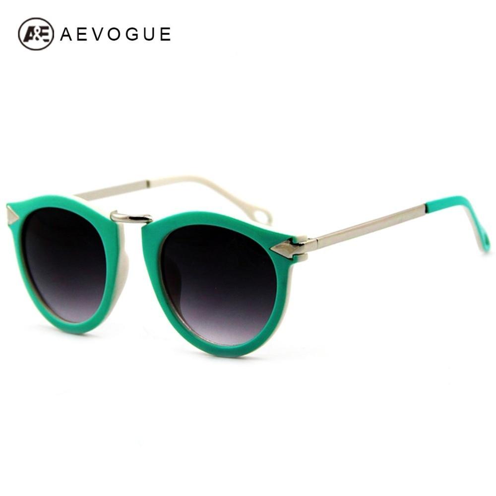 5d66337d3 Varejo AEVOGUE Retro Eyewear 7 cores dos óculos de sol mulheres Seta  decoração de Metal Templo