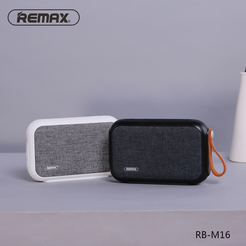 REMAX RB-M16 Waterproof Grade Portable Style Bluetooth Speaker V4.0 Bluetooth Fabric ABS Leather IP5X Outdoor Sport Speaker