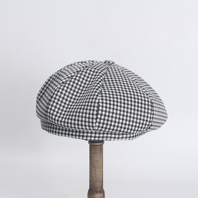 Houndstooth Plaid Berets...
