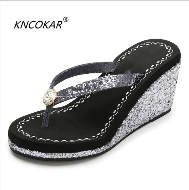 172a6376f5eb2 KNCOKAR New style ladies cool slippers summer sequins with drill ramps and  antiskid beach flip-flops hot style