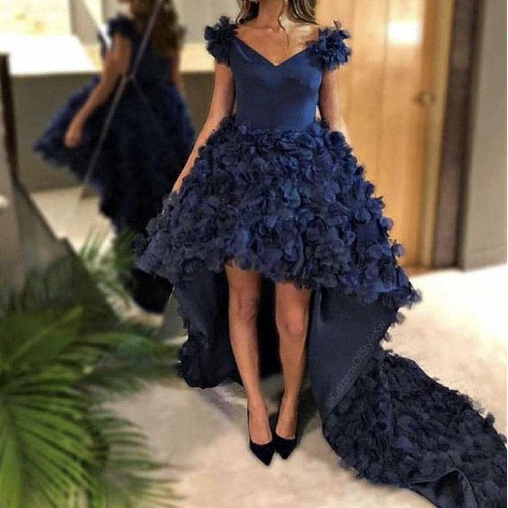High Front and Low back Prom Dresses Royal Blue 2019 Hand Made Flowers Court Train High Low Evening Dresses V Neck Party Dresses