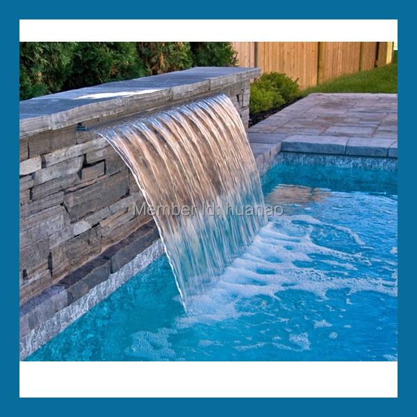 Piscina ducha decoraci n y spa de agua masaje cubierta for Cascada artificial en pared