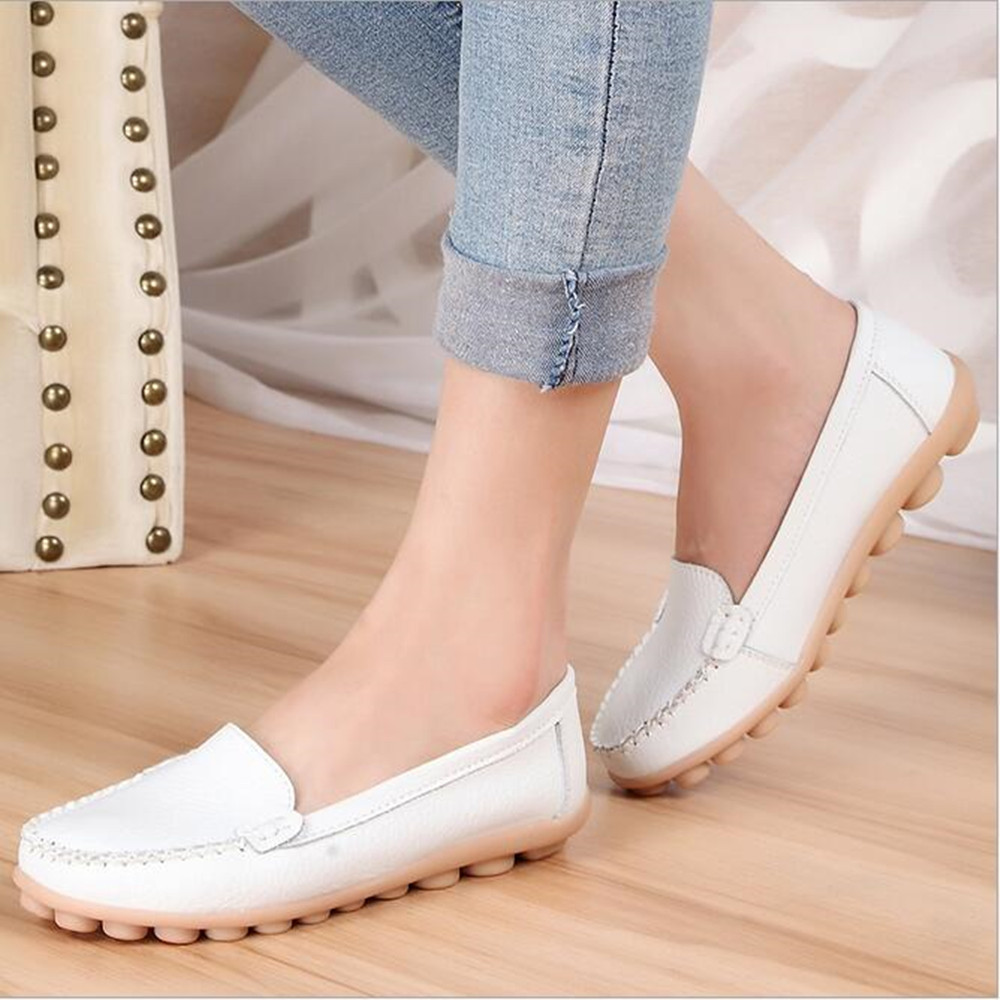 ROVIWOLF New Fashion Genuine Leather Woman Flats Moccasins Comfortable Woman Shoes Cut-outs Leisure Flat Woman Casual Shoes boyfriend jeans women ankle length washed denim summer vintage hole ripped letter embroidery harem pants female casual streetwea