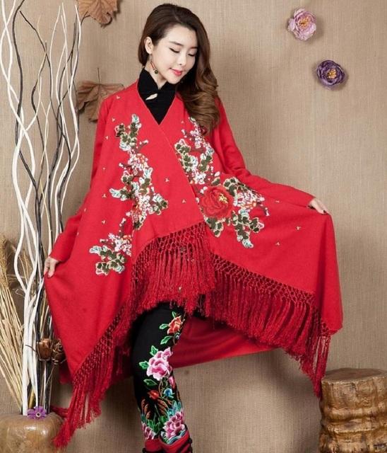 El Invierno primavera y otoño nuevo estilo popular bordado pesado chal suéter de las señoras tamaño de manga larga chaqueta larga espina