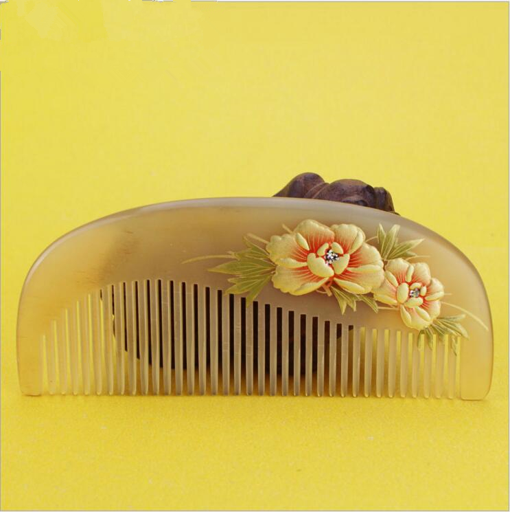 Hight quality 1pcs Natural Horn Comb Of Hair Health Care handmade flower Hair Brush Hairdressing Pocket no static Comb best gift hair care hight quality real ebony black comb 1 piece health care hair styling tools hair brushes best gift