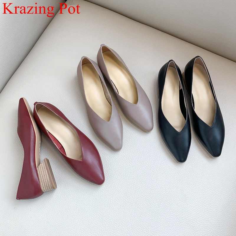 Krazing pot hakiki deri med topuklar üzerinde kayma sığ kadın pompaları yuvarlak ayak marka parti metal rahat ofis bayan ayakkabıları l0f4