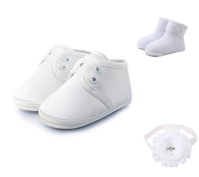 231026c7c7eb5 Delebao Blanc Dentelle-up De Baptême Baptême Nouveau-Né Bébé Chaussures +  Baptême Cheveux