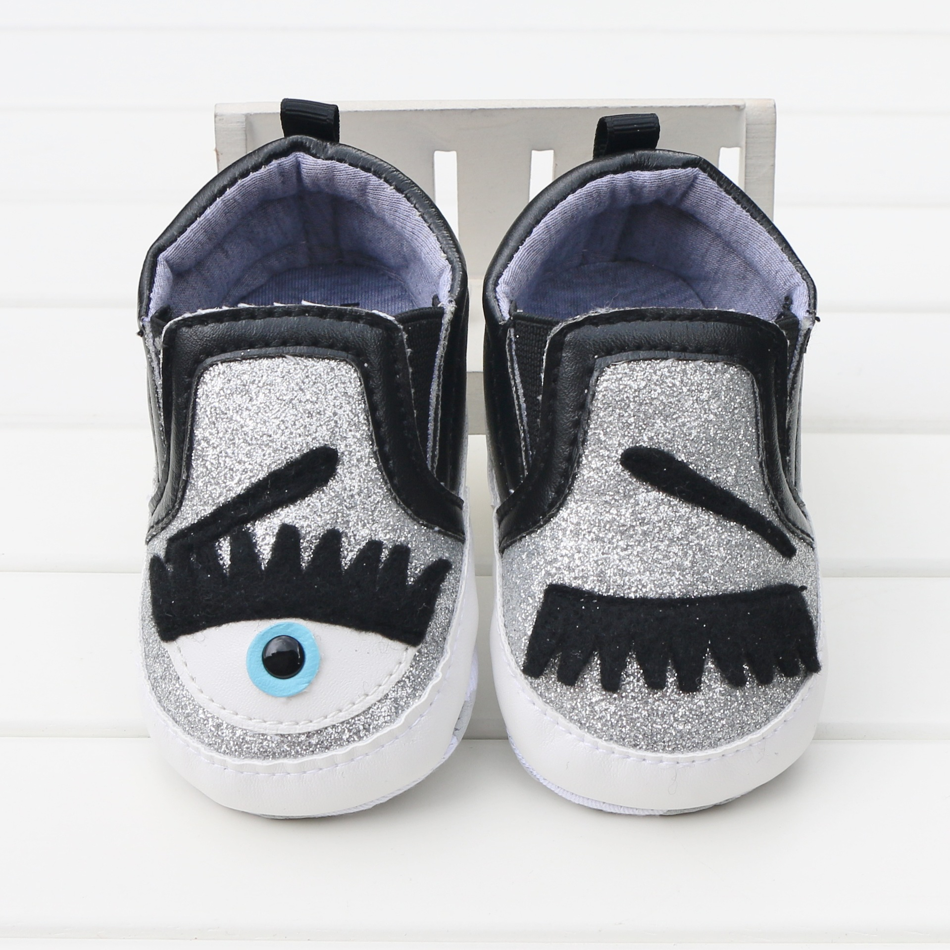 Cute Eyelashes Eye Toddler Baby Shoes Slip-on Boys And Girls Newborn Crib Shoes First Walker No-Slip Infants Casual Sport Shoes