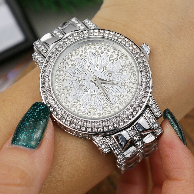 Leafs Themed Crystal Decorated Watch