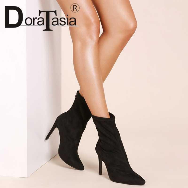 DoraTasia Yeni Seksi Botları Ince Yüksek Topuklu Katı Sivri Burun Ayakkabı Kadın Rahat Moda Sonbahar Kış yarım çizmeler Büyük Boy 35 -42