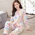 Invierno de las mujeres Floral Colorida de Dibujos Animados pijamas de Franela casa ropa Engrosamiento Establece ola Vivo chica linda sonrisa