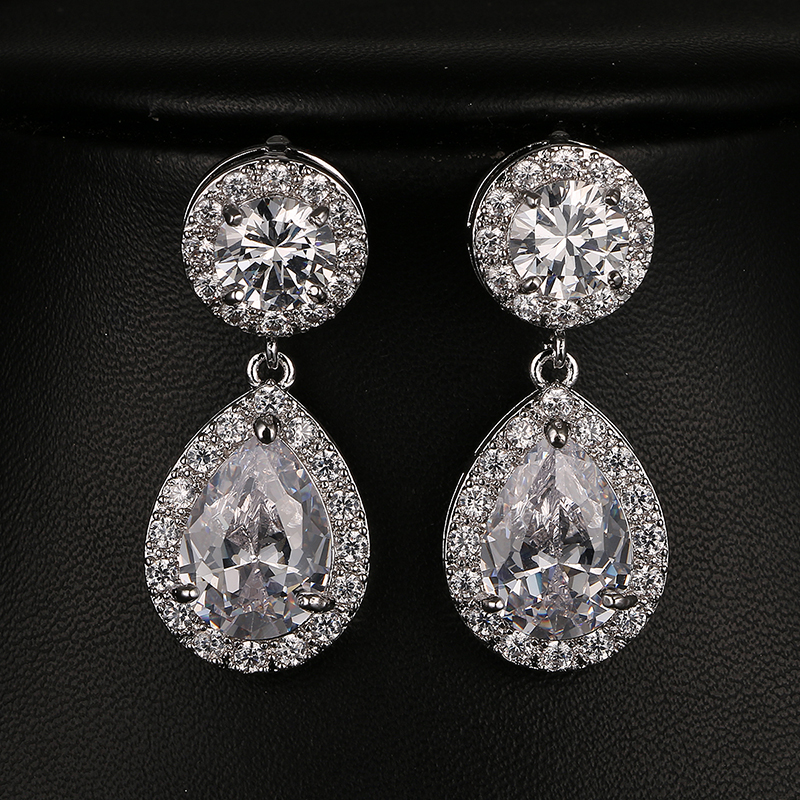 Emmaya Luxe Water Drop Shape Pave CZ Dangle Earring Sparking Zircon Wedding Oorbellen voor vrouwen Spring Gift