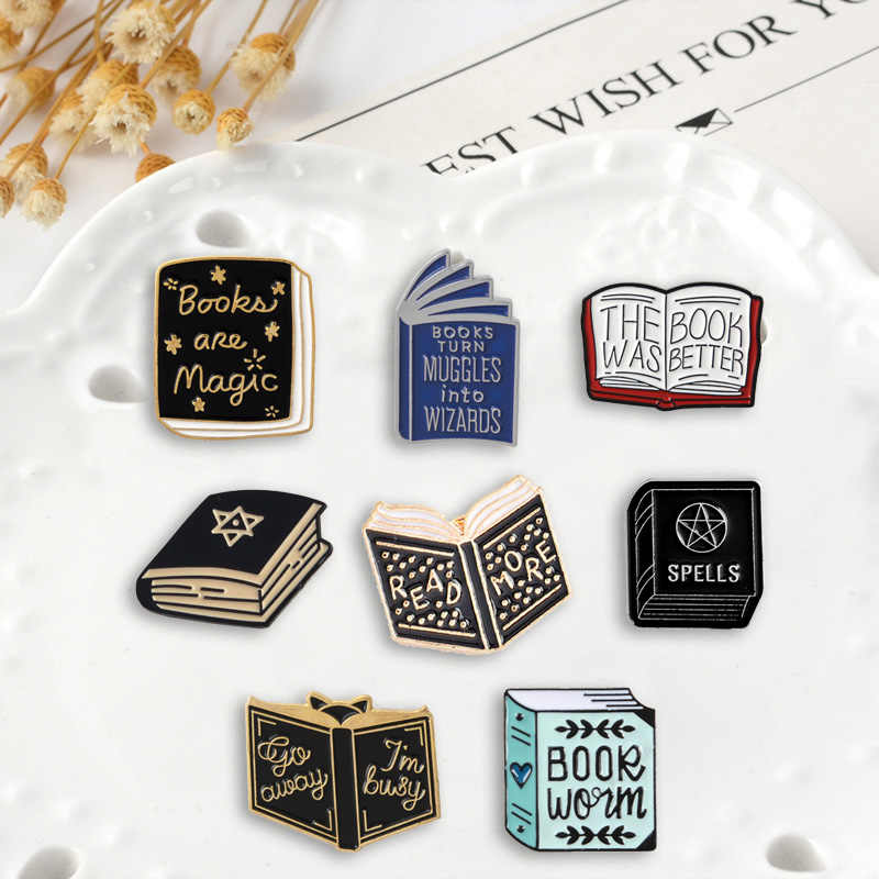 Pesan Pin Buku Tangga Kemajuan Manusia Bros Lencana Tas Fashion Enamel Pin Hadiah untuk Teman Perhiasan Grosir