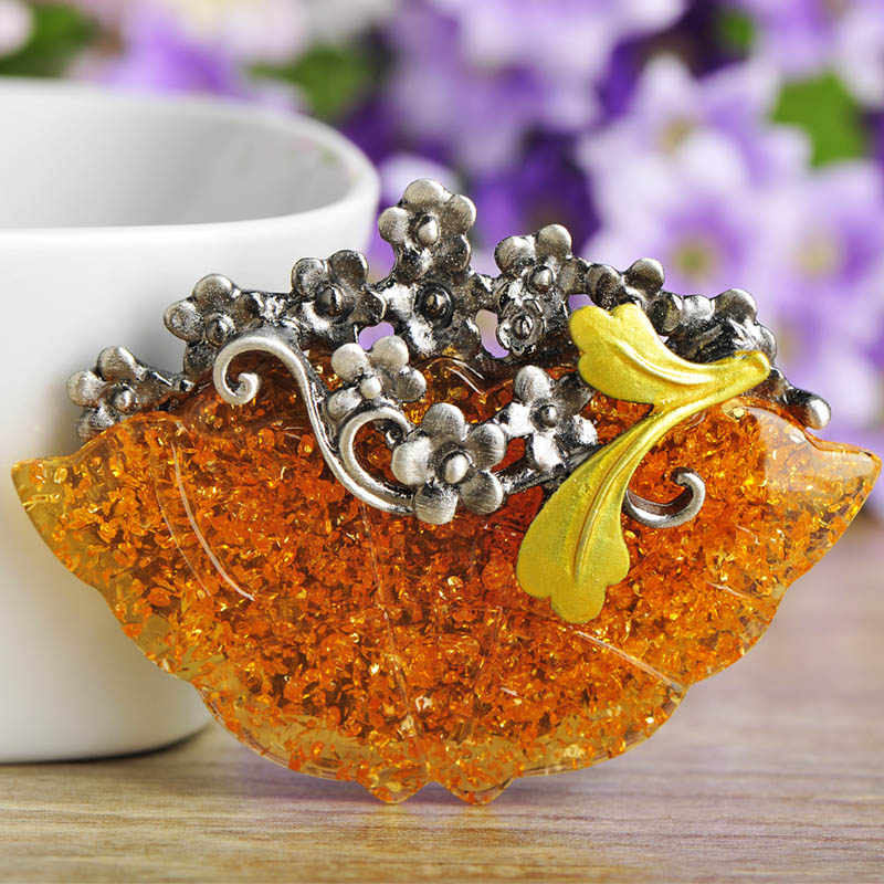 Funmor Классическая желтая форма цветка броши кулон для женщин Подарки для леди юбилей вечерние ювелирные изделия нагрудные булавки Смола металлический значок