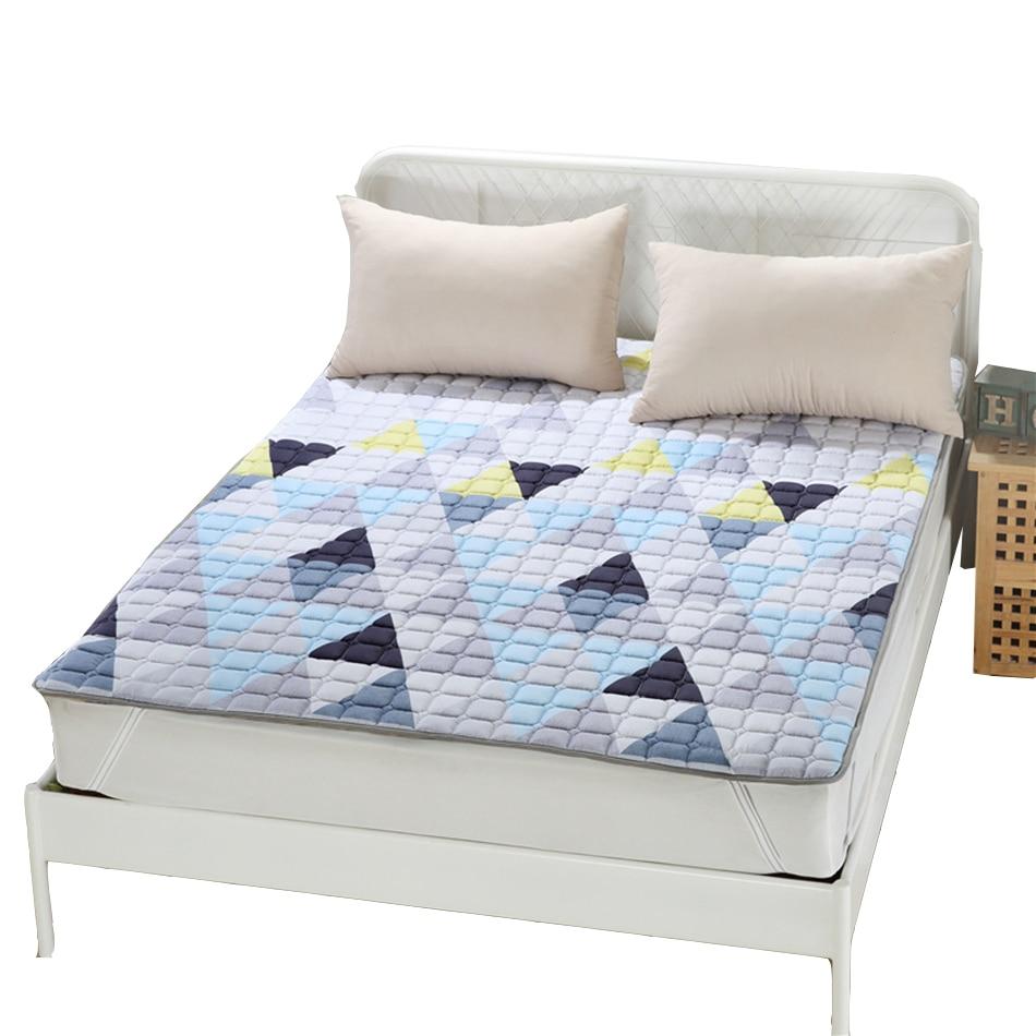 Geometric Bedding Polyester Pad Mattress Protector King