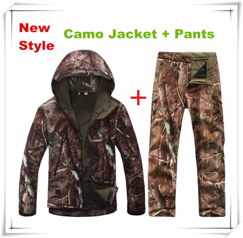 2017 New Shark Skin Softshell Ghillie Suit Outdoor Hunting Tactical Fleece Camo Clothing Suitable for Spring Autumn Winter