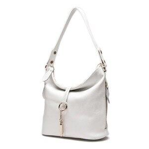 Image 2 - Элегантная женская сумка на плечо Zency, белая сумка хобо из 100% натуральной кожи, Дамский мессенджер, кошелек, украшение с подвеской и замком