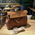2017 new female star with a carved hollow Kylie bag retro temperament portable Shoulder Satchel