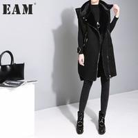 EAM 2018 New Spring Lapel Sleeveless Solid Color Black Loose Zipper Long Warm Vest Women