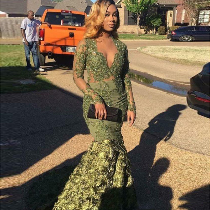 Vestidos De Gala Sexy Beaded Appliques Green Long   Prom     Dresses   2019 Sheer Long Sleeve V-Neck Floral Mermaid Formal Party   Dress