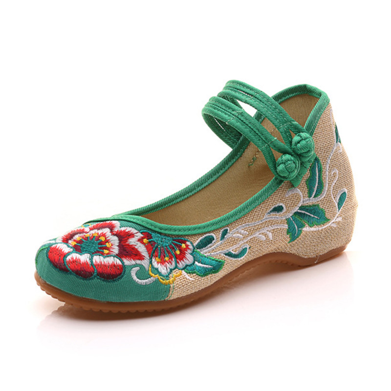 2018 Old Beijing Flower Embroidered Women Shoes Mary Jane Flat Heel Denim Chinese Style Casual Cloth Shoes Woman Plus Size 34 41 in Women 39 s Flats from Shoes