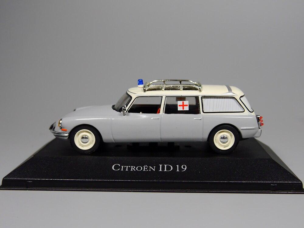 1//43 Atlas Citroen ID 19 Ambulance Collection