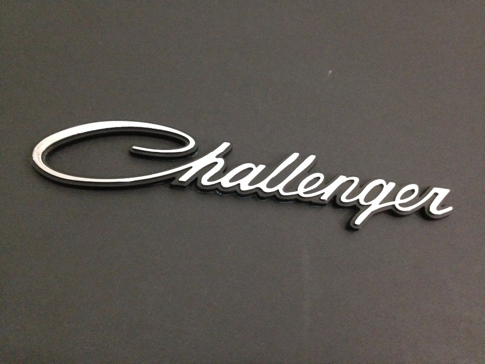 Metal Silver Challenger Classic Script Nameplate Challenger Emblem Badge Dodge