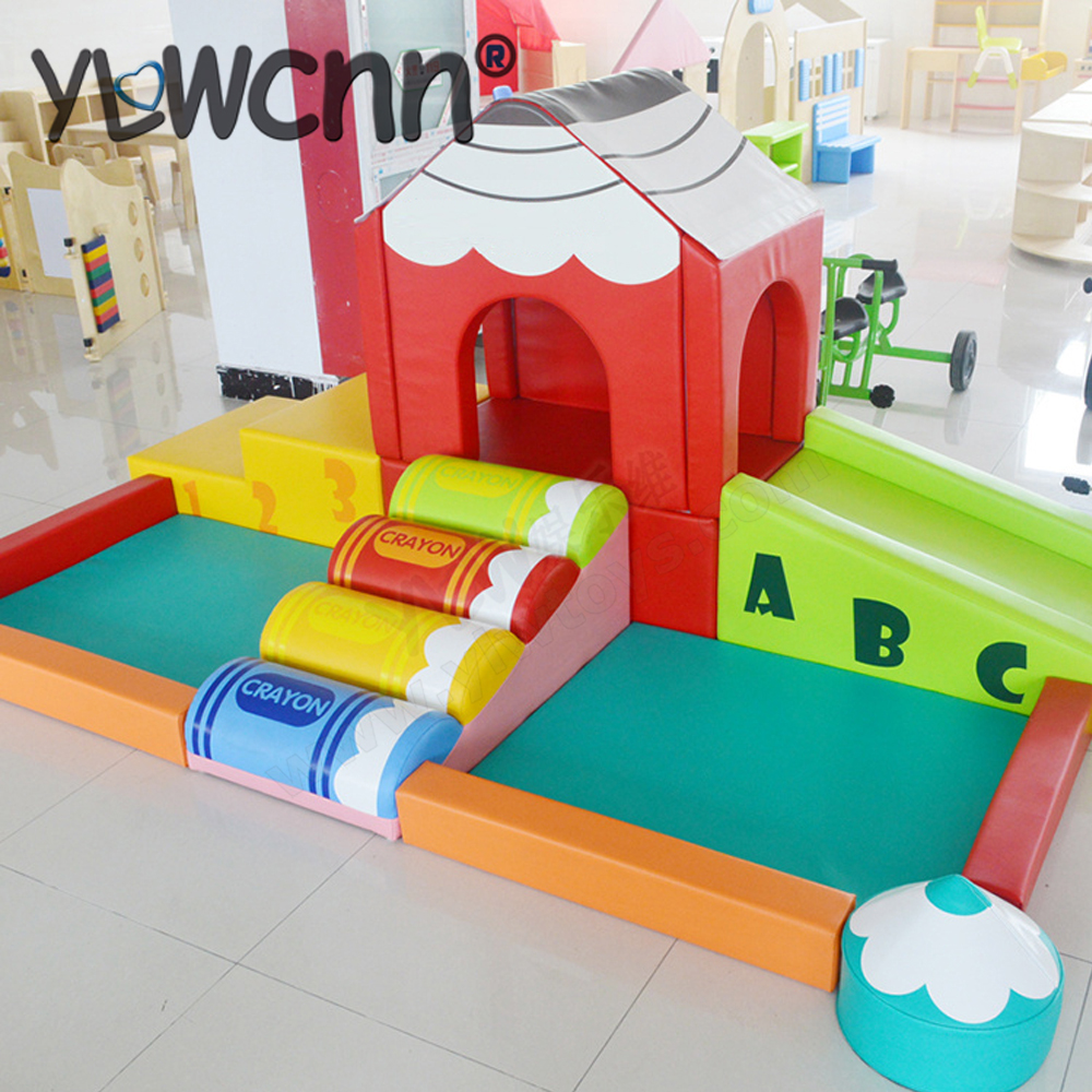 YLW logiciel personnalisé enfants peluche bébé aire de jeux intérieure piscine centre de jeu souple/toboggan souple YLW-INA171060 grimpé