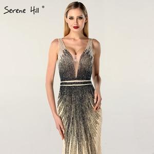Image 4 - 2020 luxe sans manches col en v Sexy robes de soirée Dubai Design perles robe formelle sereine colline LA60743